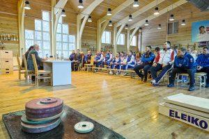 Министр спорта Российской Федерации Олег Матыцин встретился с российскими тяжелоатлетами